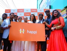 Kajal Agarwal Inaugurated Happi Mobiles At Karimnagar Photos