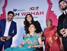 Sushmita Sen Facilitated At I Am Woman Awards Photos Photos