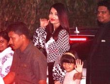 Aishwarya Rai Bachchan & Aaradhya Bachchan Spotted at Yauatcha BKC Photos Photos