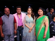 Dancing Uncle Sanjeev's Dream To Meet Govinda Comes True On Colors Dance Deewane Photos Photos