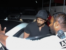 Hrithik Roshan With Family Spotted At Juhu PVR Photos Photos