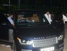 Ranbir Kapoor Spotted At Sanjay Dutt House Photos Photos