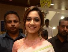 Ritu Varma Launches The Chennai Silks At Mehdipatnam Photos
