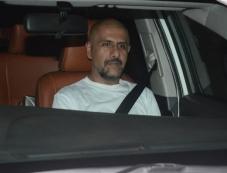 Baba Sehgal at Special Screening Of Dhadak Photos