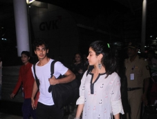 Janhvi Kapoor And Ishaan Khattar Spotted At Airport Photos Photos