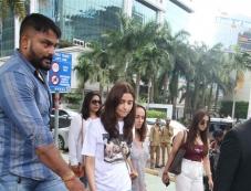 Alia Bhatt With Mom Spotted At Yauatcha BKC Photos Photos