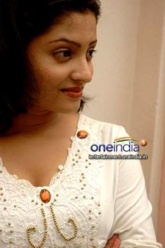 Nisha Parlokar