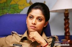 Nadhiya (Nadia Moidu)