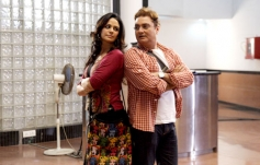 Mona Singh and Vinay Pathak
