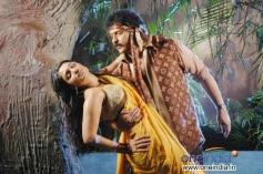 Nikita Thukral and Ravichandran