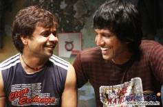 Rajpal Yadav, Kay Kay Menon