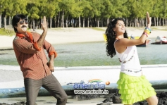 Ravi Teja and Tapsee Panu