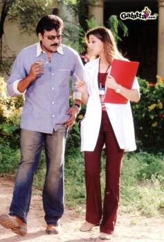 Chiranjeevi and Sonali Bendre