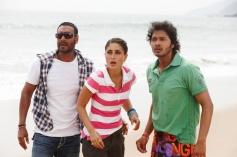 Ajay Devgan, Kareena Kapoor and Shreyas Talpade
