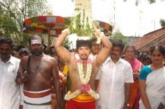 Oththa Veedu