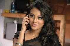 Mandhira Punnagai