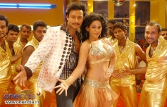 Darshan and Mumaith Khan