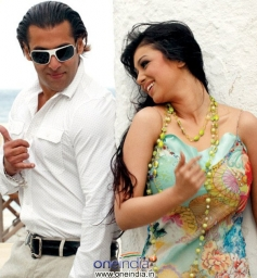Salman Khan and Ayesha Takia