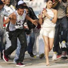 Akshay Kumar & Kareena Kapoor in Kambakht Ishq