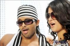 Allu Arjun and Deeksha Seth