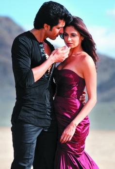 Sunny Gill and Simran Kaur Mundi