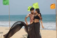Vizhiyile Malarnthathu