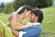 Allari Naresh with Kamna Jethmalani in Bendu Apparao RMP