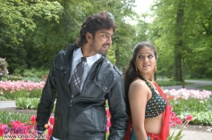 Allari Naresh with Meghana in Bendu Apparao RMP