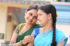 Bhavana & Saranya Mohan in Jayam Manadi