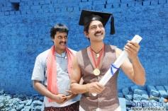 Jagapatibabu &  in Pravarakhyudu