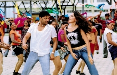 Sumanth and Anushka Shetty in Thirupachi Aruva