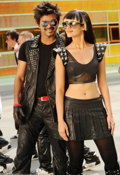 Vijay and Ileana D'Cruz
