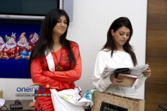 Ayesha Takia with Anjuna