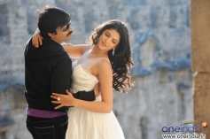 Ravi Teja and Deeksha Seth
