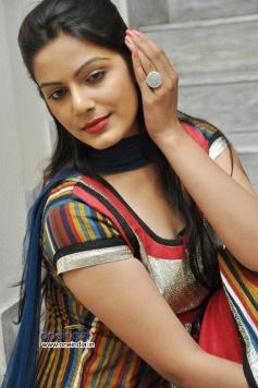 Anjali Dwivedi
