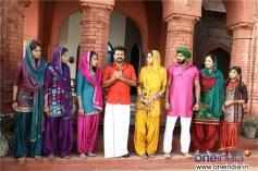 Rupa Manjari, Kunchacko Boban, Samvrutha Sunil, Unni Mukundan