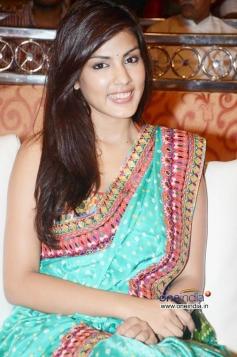 Ria Chakravarthi