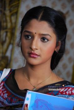 Kannada Movie Adhikaara
