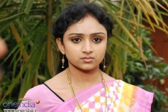 Waheeda in Telugu Movie Anagarigam 2
