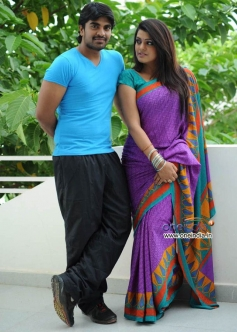 Actress Tashu Kaushik in Telugu Movie Dula Seenu Still