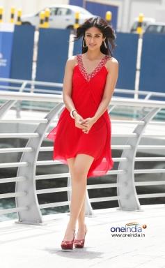 Hot Ileana D'Cruz in Red Dress