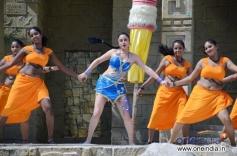 Sonia Agarwal Hot Pics