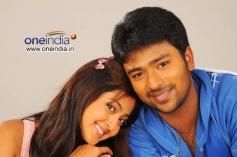 Santan Bhagyaraj, Aindrita Ray in Love in Hyderabad
