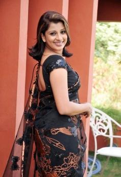 Nadeesha Hemamali New Pics