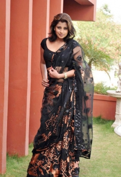 Hot Nadeesha Hemamali