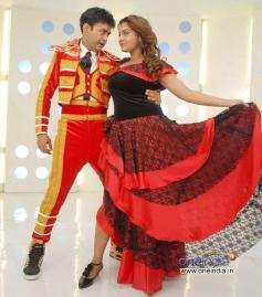 Sharan and Madhuri in Kannada Movie Rambo