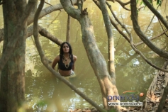 Karthika Nair Hot Image