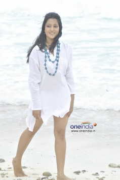 South Indian Actress Ritu Barmecha