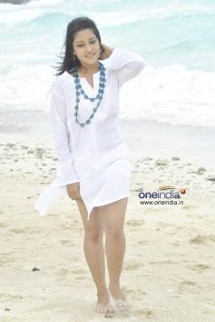 Actress Ritu Barmecha