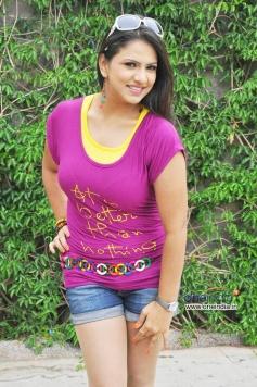 Hot Shivani